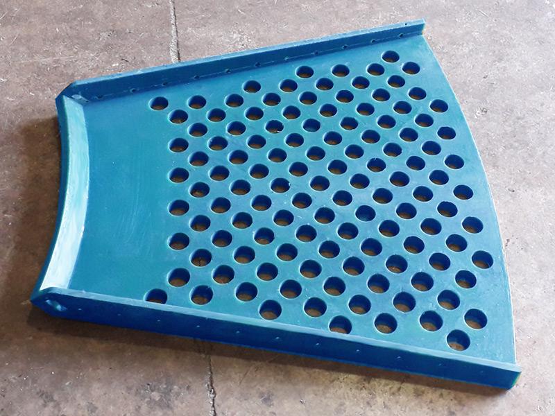 Faldón de poliuretano para celda de flotación